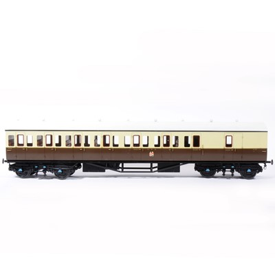 Lot 78-Two Tower Brass Models, gauge 1 / G scale, 45mm passenger coaches, GWR brown and cream, no.6757, no.6758, (2).