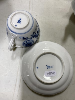 Lot 10-Meissen blue and white porcelain ovoid teapot