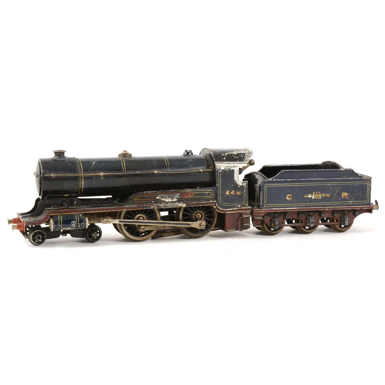 139 - A pre-war O gauge model of a Caledonian Railways 4-4-0 steam locomotive, no.440 dark blue livery with tender.