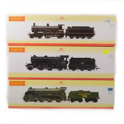 Lot 509 - Three Hornby OO gauge model railway locomotives, R3243A, R2580 amd R2712.