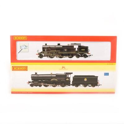 Lot 512 - Three Hornby OO gauge model railway locomotives, R2140, R2287 and R2403