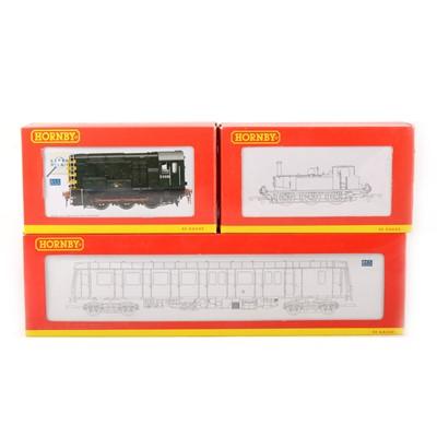 Lot 514 - Three Hornby OO gauge model railway locomotives, R2438, R2165A and R2509A