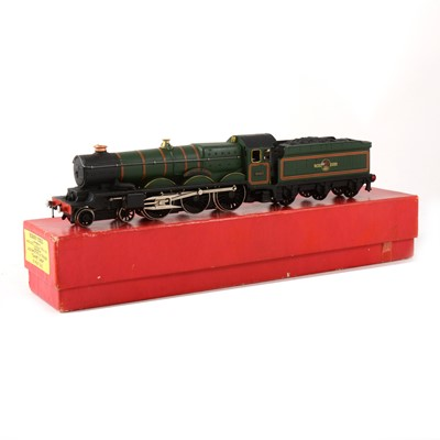 Lot 520 - Hornby Dublo OO gauge locomotive; 'Cardiff Castle'  no.2321 in solid red export box.