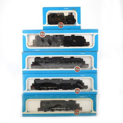 Lot 548 - Five Airfix OO gauge model railway diesel locomotives; 54153-0, 54150-1, 54123-9, 54122-6 and one other.