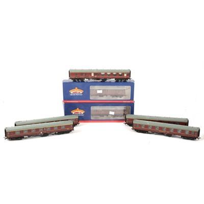 Lot 527 - Seven Bachmann OO gauge model railway passenger coaches, Suburban MK1