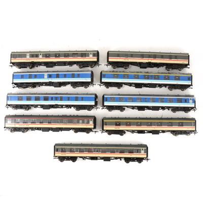 Lot 529 - Nine Bachmann OO gauge model railway passenger coaches, Inter-city and Regional Railways.