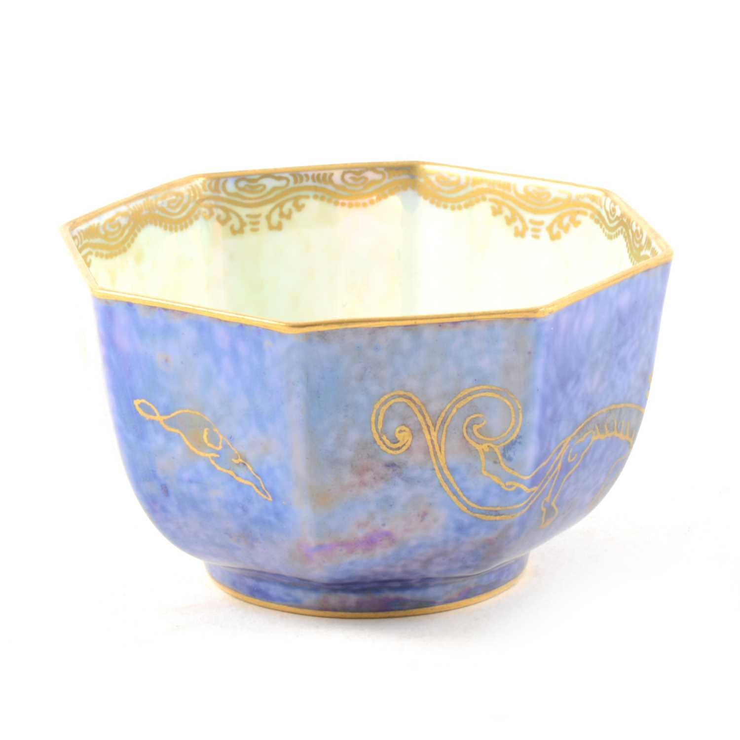 Lot 2-A small Wedgwood lustre octagonal bowl