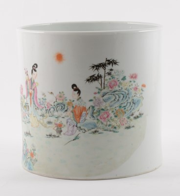 Lot 30-A Chinese porcelain cylindrical brush holder, 20th century