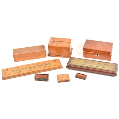 Lot 99 - A brass-faced cribbage board, Wills's Woodbines crib board, etc