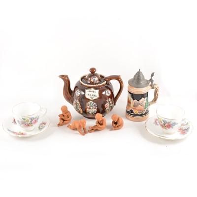 Lot 93 - A box of assorted ceramics, including a bargeware teapot