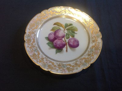 Lot 8-A collection of decorative wall plates, cabinet cups and saucers