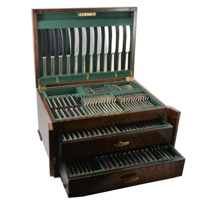 Lot 86 - Silver canteen of cutlery, twelve place setting