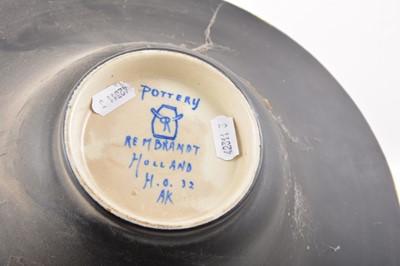 "Lot 49 - Large Gouda pottery bowl ""Rembrandt"""