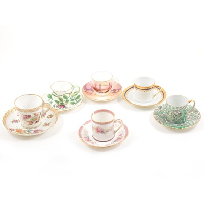 Lot 59 - Collection of cups and saucers