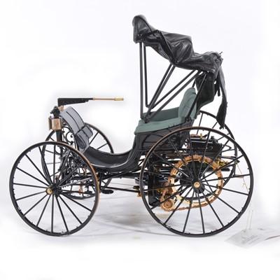 Lot 43 - Franklin Mint 1:8 scale model; Duryea motorcar (1893)