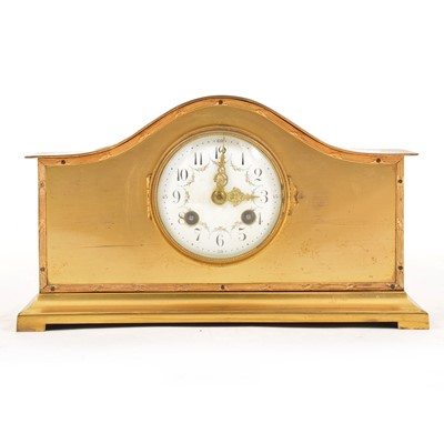 Lot 113 - An Edwardian brass mantel clock