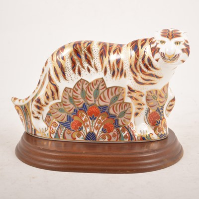 Lot 1 - Royal Crown Derby  - A large Bengal Tiger paperweight
