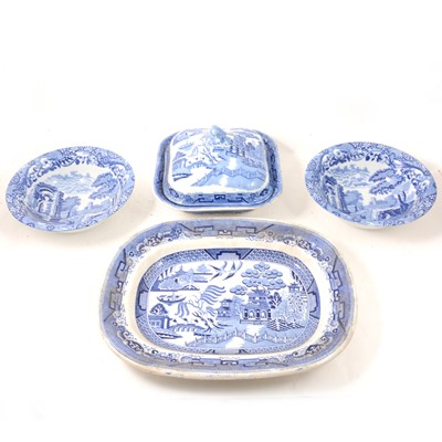 Lot 36 - Small collection of Derby Imari pattern teaware, and Willow pattern printware.