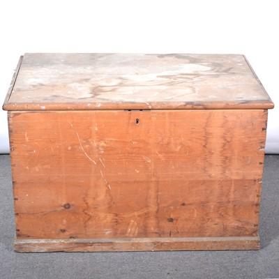 Lot 47 - Large pine box
