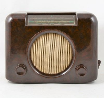 Lot 16 - Bush type DAC 90A Bakelite radio.