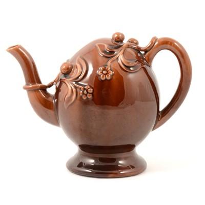 Lot 48 - Copeland & Garrett treacle glazed Cadogan teapot.