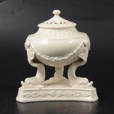 Lot 16 - Leeds type creamware pot pourri.