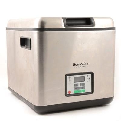 Lot 8 - A SouVide Supreme 9 litre waterbath