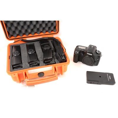 Lot 21 - Canon EOS 5D digital camera body and flash units.
