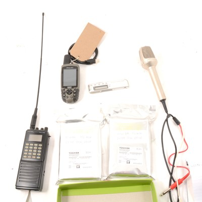 Lot 35 - Selection of electrical items.