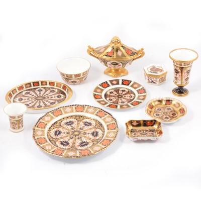 Lot 20 - Royal Crown Derby Imari pattern china