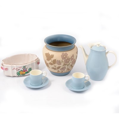 Lot 29 - Collection of ceramics