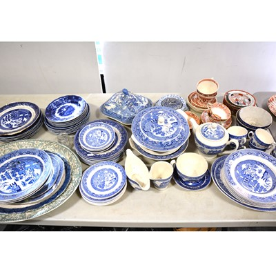 Lot 31 - Collection of blue and white pottery