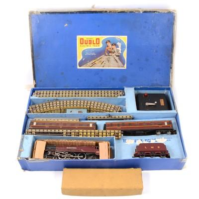 Lot 16 - Hornby Dublo OO gauge model railways