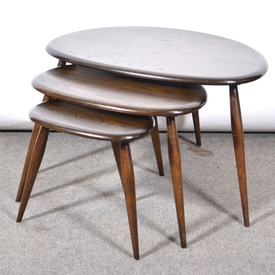 Lot 1062 - Nest of three 'Pebble' tables by Ercol