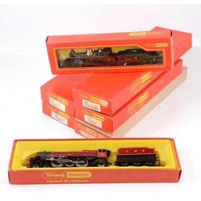 Lot 21 - Tri-ang/Hornby OO gauge model railway