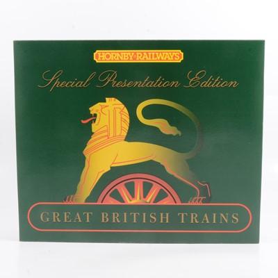 Lot 1 - Hornby OO gauge locomotive R2082 School Train Pack BR 4-4-0 class V 'Wellington'