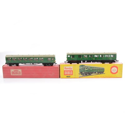 Lot 49 - Hornby Dublo OO gauge 2250 2-rail electric motor coach brake 2nd and driving trailer.