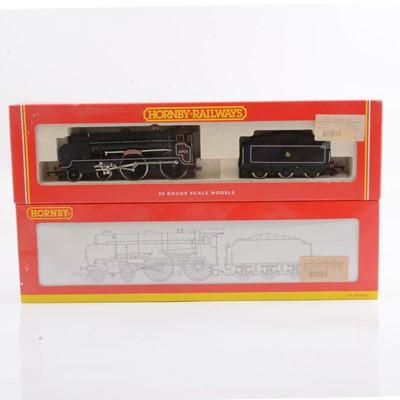 Lot 26 - Two Hornby OO gauge model railway locomotives R2181, R2039.