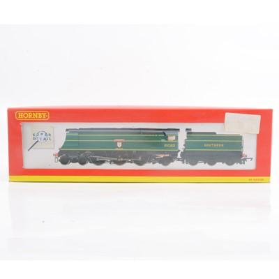 Lot 4 - Hornby OO gauge model railway locomotive, R2219 'Blackmoor Vale'