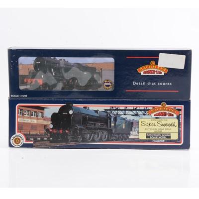 Lot 30 - Two Bachmann OO gauge model railway locomotives, 32-253, 31-401