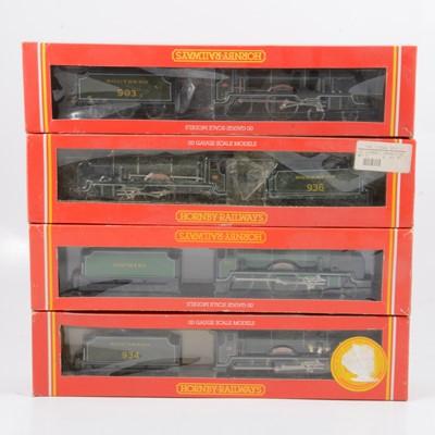 Lot 34 - Four Hornby OO gauge model railway locomotives, R533, R583, R132, R057.