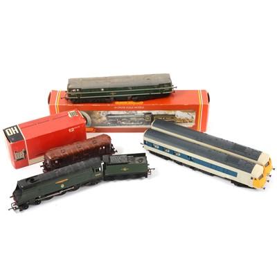 Lot 46 - Six OO gauge model railway locomotives, loose and boxed.