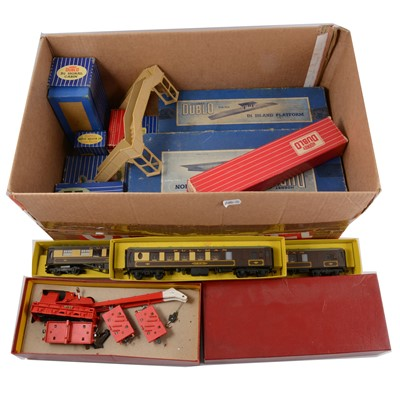 Lot 52 - Hornby Dublo OO gauge model railways, one box.