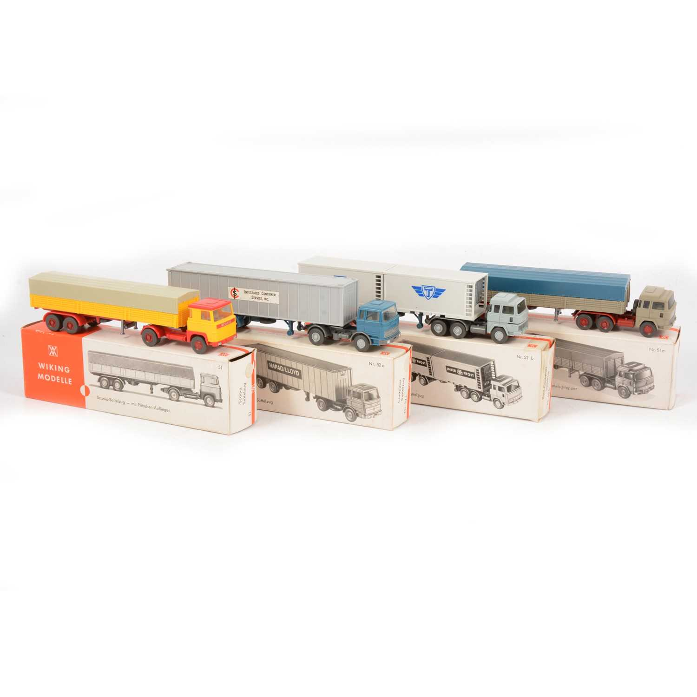 Lot 24 - Four Wiking HO gauge models