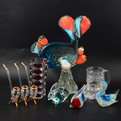 Lot 20 - Small quantity of art glass, including Murano style fish
