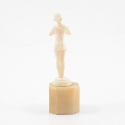 Lot 1016 - Louis Sasson, an Art Deco carved ivory sculpture of a woman