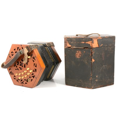 Lot 106 - Lachenal concertina