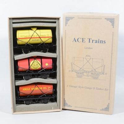 Lot 10 - ACE Trains O gauge 4 wheel tanker wagon set no.3