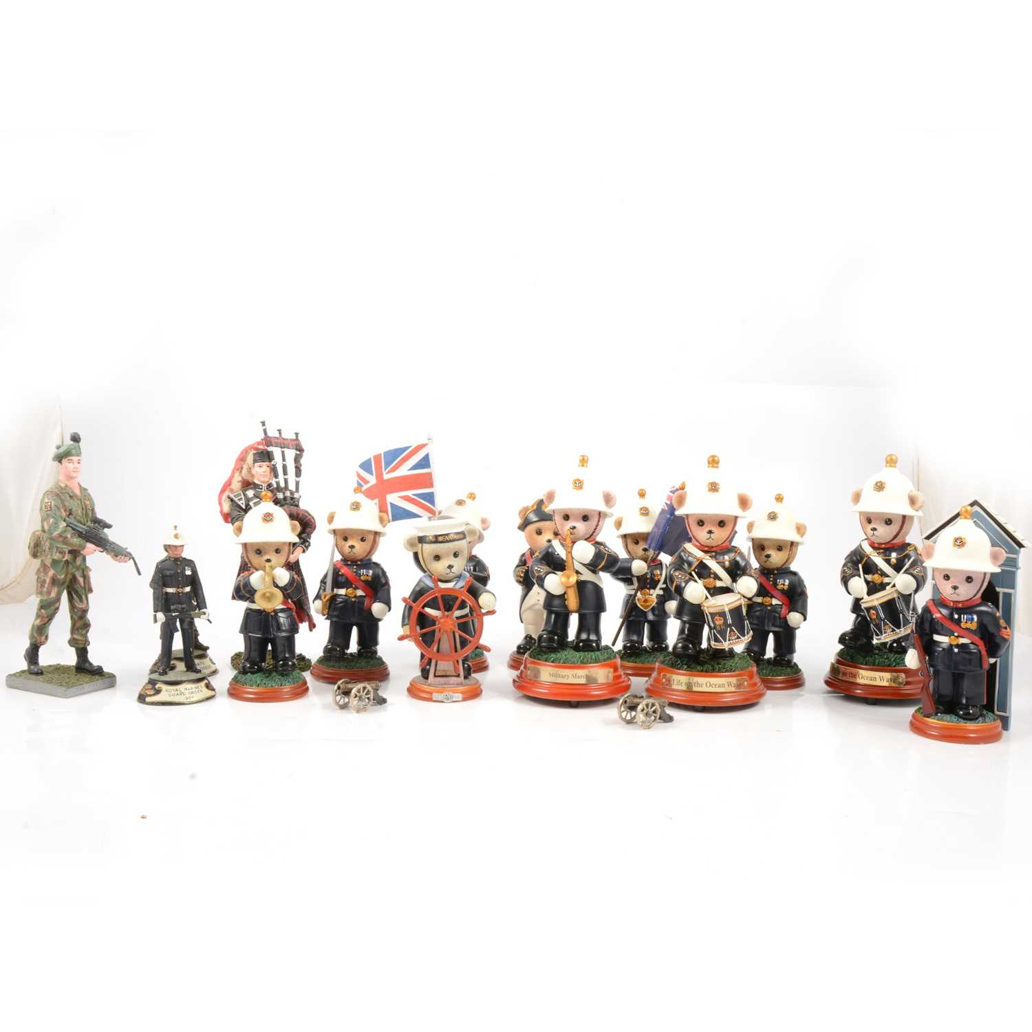 Lot 9 - A collection of Hamilton and other Royal Marine figurines.