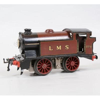 Lot 21 - Hornby O gauge model railway tank locomotive, EM320 LMS 0-4-0, maroon, 2270.